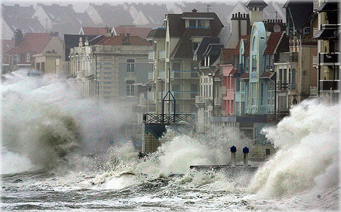 Waves batter the port of Wimereux, France, on the English Channel. Photo: Getty Images /AFP.
